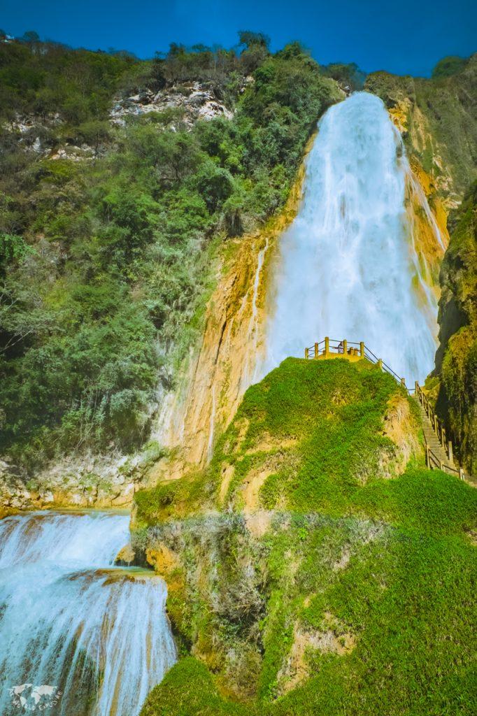 アグア・アスールの滝