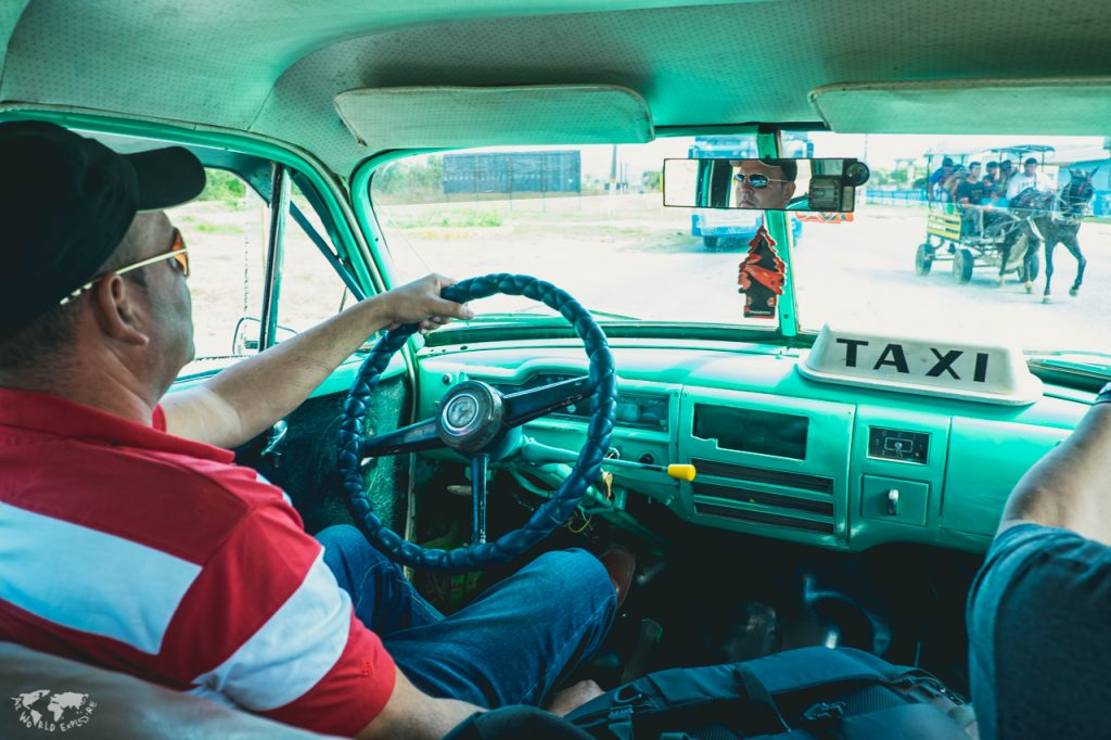 キューバトリニダのクラシックカータクシー