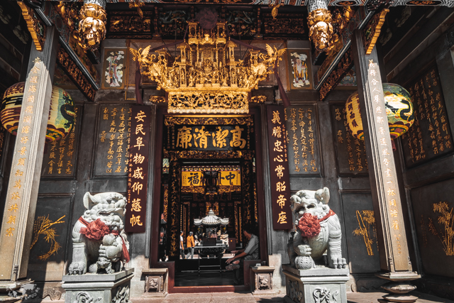 ベトナムのホーチミンのお寺 天后宮 (ティエンハウ廟) / Thien Hau Pagoda