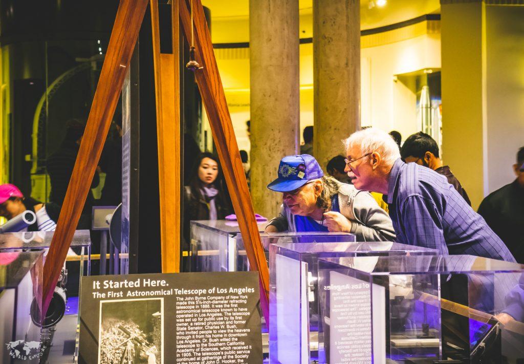 ロサンゼルスのグリフィス天文台の展示室