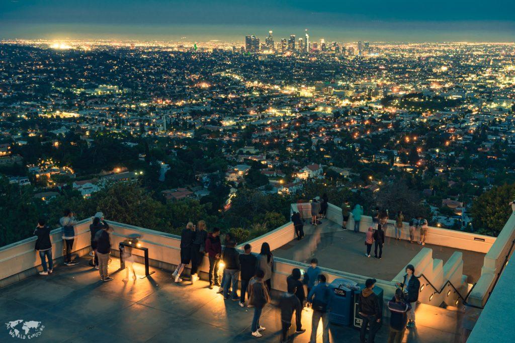 ロサンゼルスのグリフィス天文台の夜景