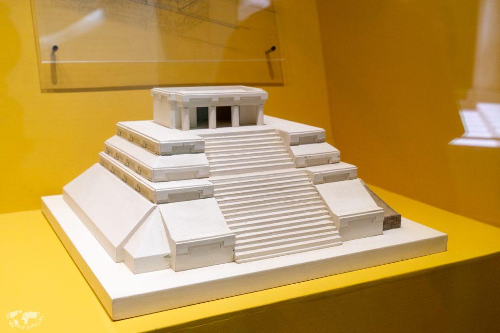 モンテアルバン遺跡美術館