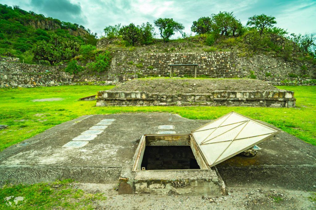 メキシコ オアハカのヤグル遺跡のお墓