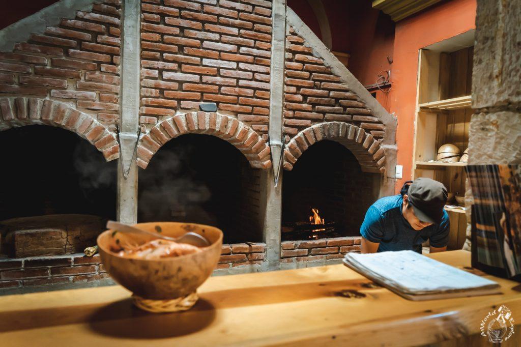 オアハカ伝統のカルドデピエドラが食べられるレストラン