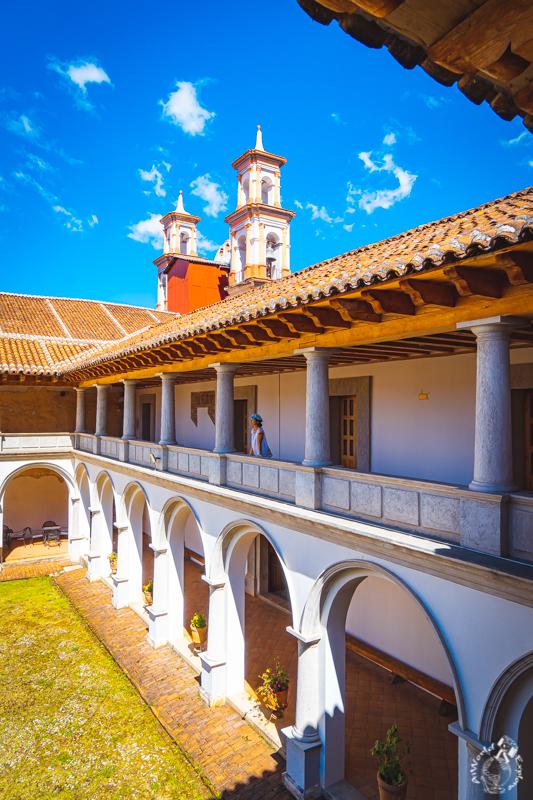 サンクリストバルデラスカサスのアンバーミュージアムの教会