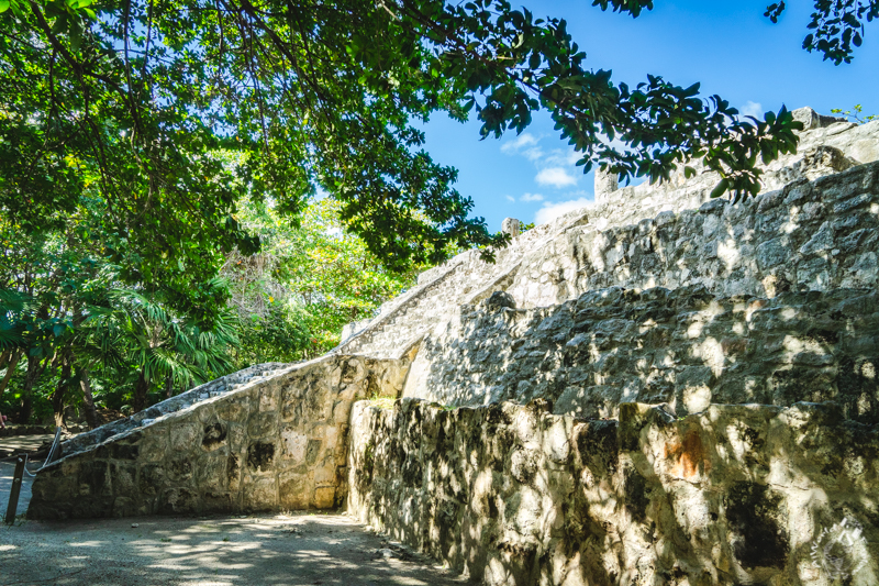 サンミゲリート遺跡の南コンプレックスにあるピラミッド